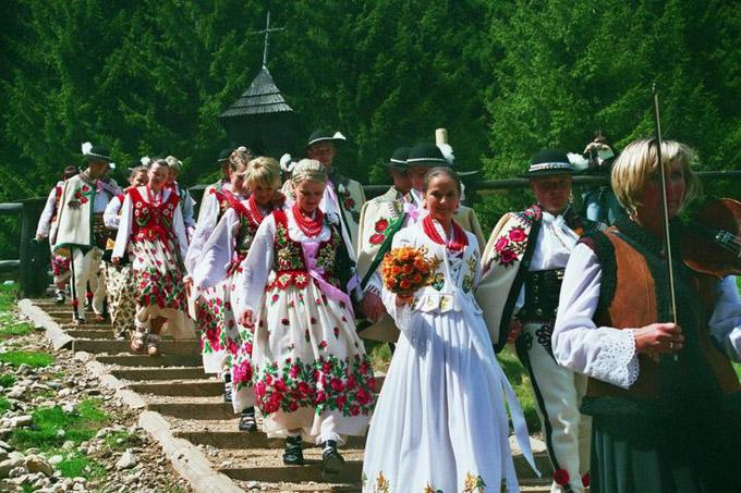 Folk music at Polish wedding