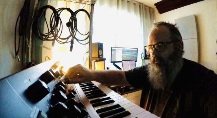 Felipe Adorno Vassao in studio